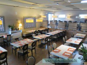 La sala del ristorante Toscana Fair