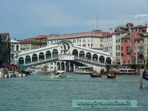 Il Ponte Rialto con il Canal Grande