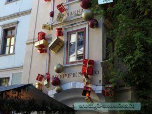Centro di Bolzano addobbato