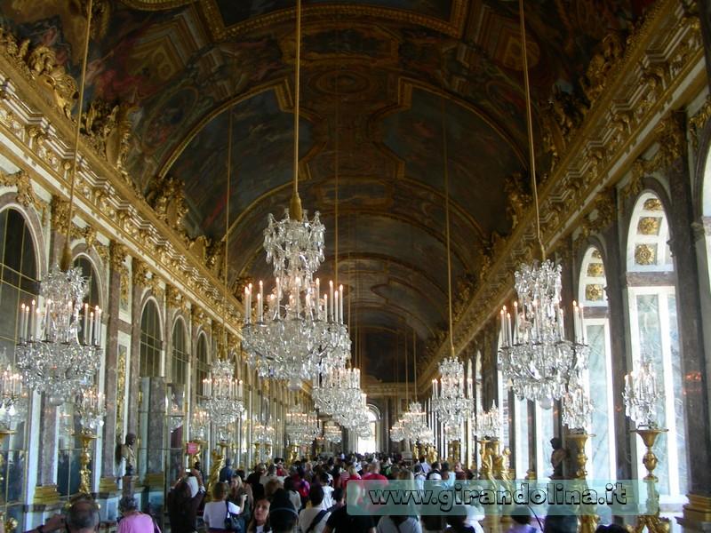 Tour di parigi in pullman la reggia di versailles e la crociera sulla senna girandolina - Sala degli specchi ...
