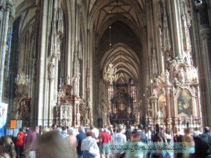 Il Duomo di Santo Stefano, interno