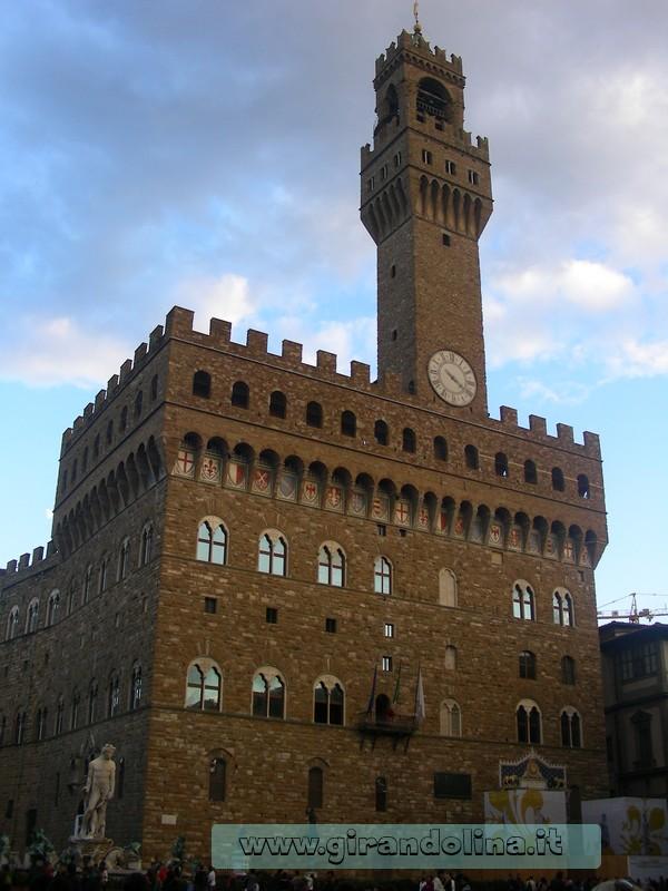 Il Palazzo Vecchio in Piazza della Signoria di Firenze