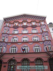 Un palazzo tipico nel centro di Lubiana