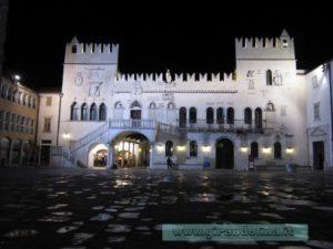 Piazza Tito, Palazzo Pretorio