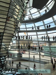 Bundestag-Berlino-Cupola-destra