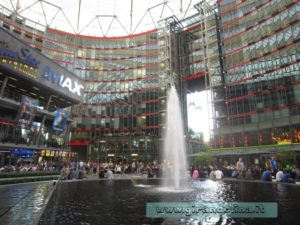 Fontana-Sony-Center-Berlino