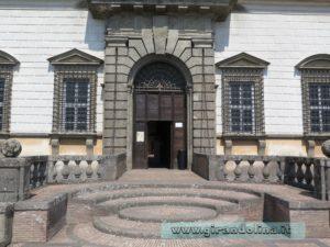 Palazzo Farnese Caprarola, ingresso