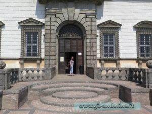 Palazzo Farnese Caprarola, ingresso Girandolina