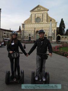 Girandolini davanti alla Chiesa di Santa Maria Novella