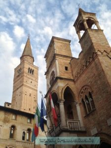 Il Campanile e la Loggia del Municipio di Pordenone