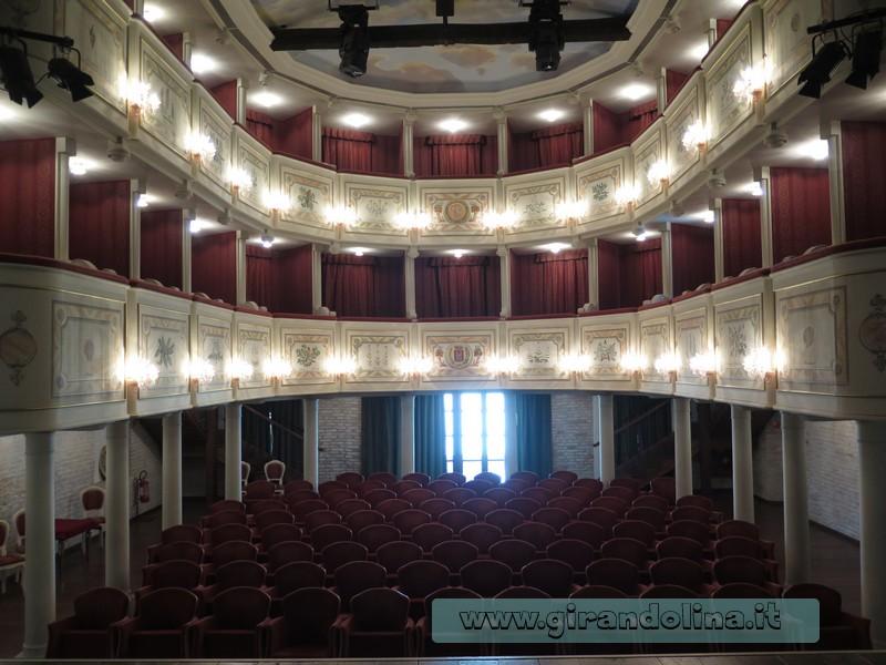 "l'Antico Teatro Sociale ""Gian Giacomo Arrigoni"" di San Vito al Tagliamento"
