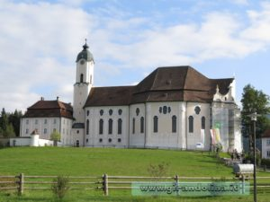 La Wieskirche vista dal davanti
