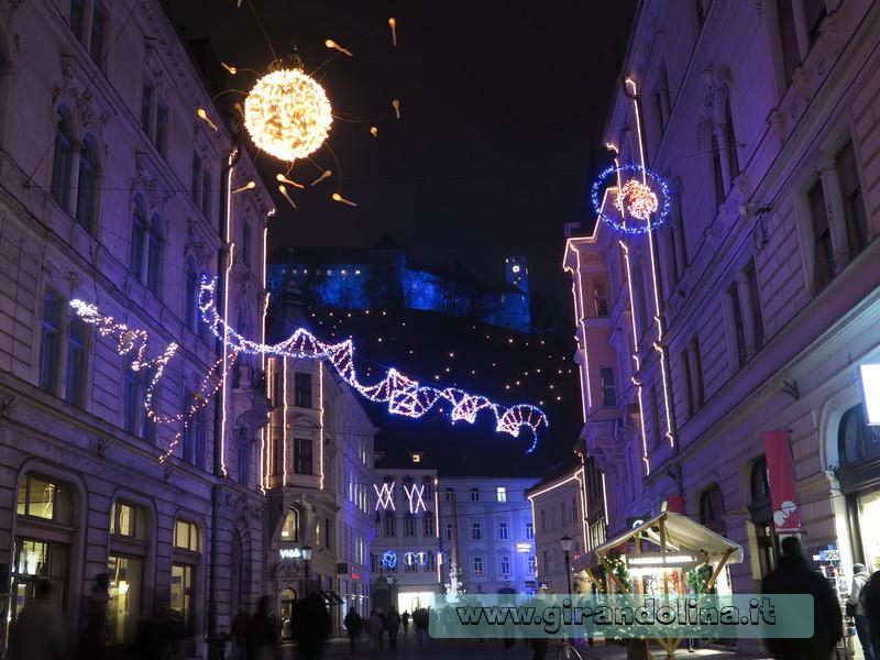 Lubiana, le luminarie natalizie