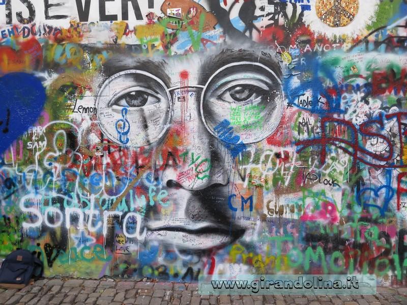 Il Muro di John Lennon