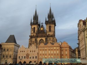 Piazza della Città Vecchia al tramonto