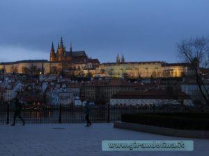 Il Castello di Praga al tramonto