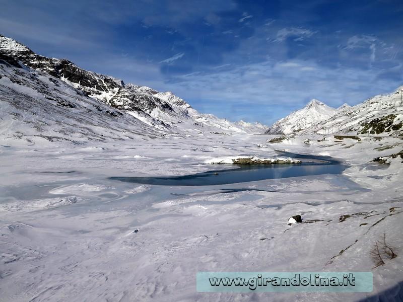 Il Trenino Rosso del Bernina, la stazione di Lago Bianco