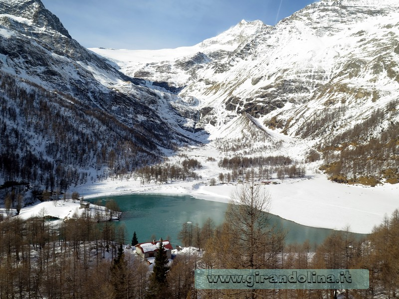 Il Trenino Rosso del Bernina, la stazione di Miralago