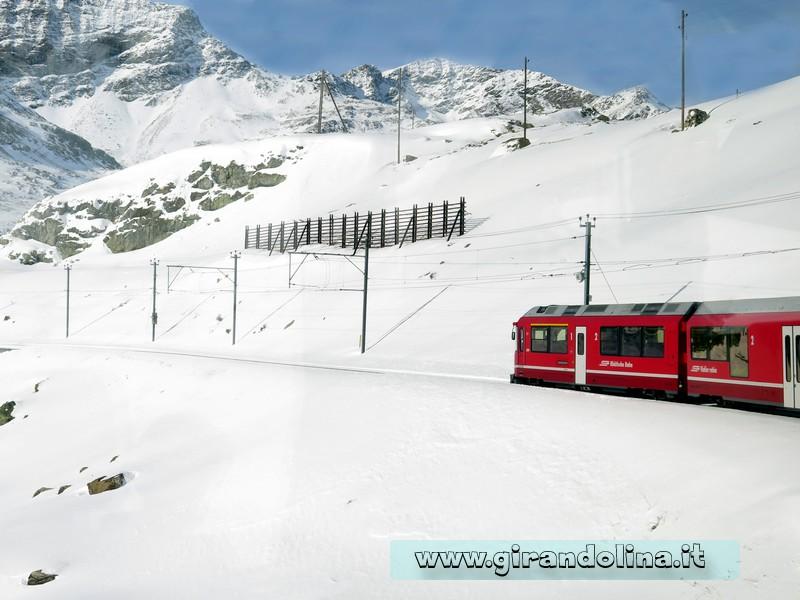 Il Trenino Rosso del Bernina, la stazione di Alpe Grum