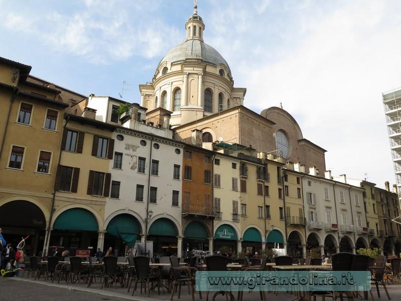 Piazza delle Erbe ,Mantova