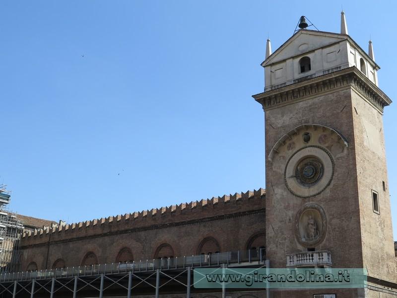 Torre dell'Orologio, Mantova