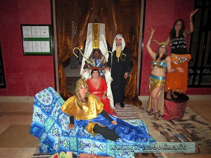 In posa alla serata egiziana