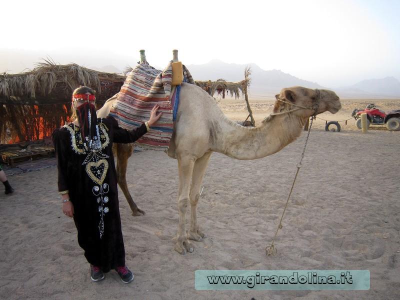 Il vestito tipica da beduina