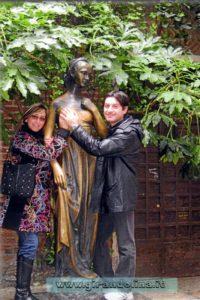 La Statua di Giulietta a Verona