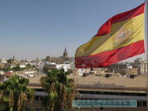 Siviglia e la bandiera spagnola