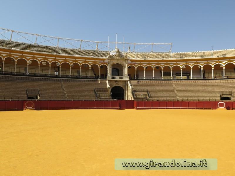 L' Arena della Plaza De Toros de la Maestranza a Siviglia