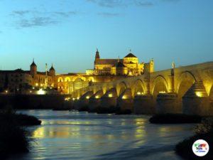 Il Ponte Romano di Cordova al tramonto