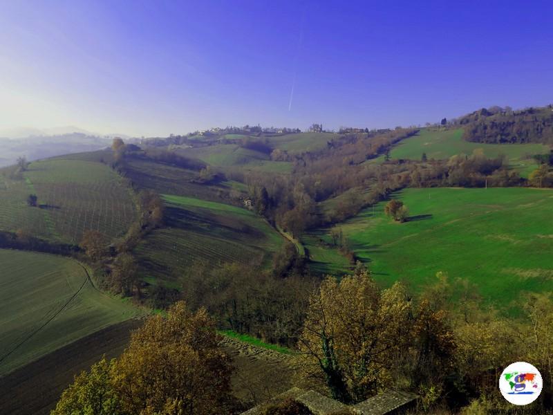 Castello di Torrechiara panorama del fondovalle