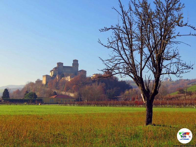 Castello di Torrechiara panorama