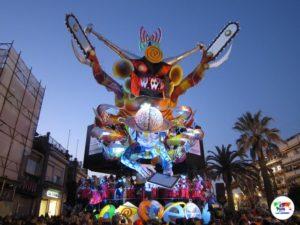 Carnevale di Viareggio e i suoi carri