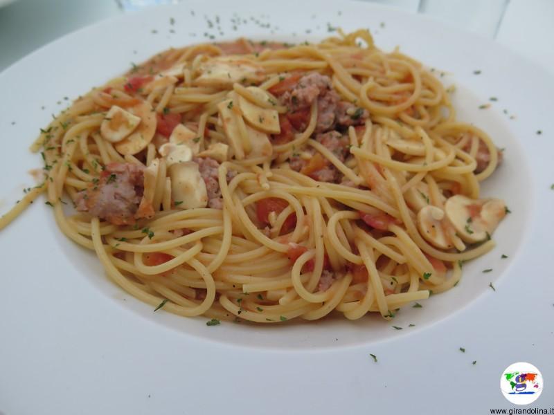 Il piatto di pastasciutta al ristorante Giulia