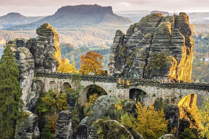 Bastei bridge at a fall sunset (ph skyscanner)
