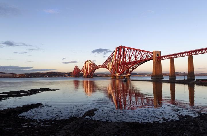 forth_rail_bridge_edinburgh_scotland- (ph Sky Scanner)