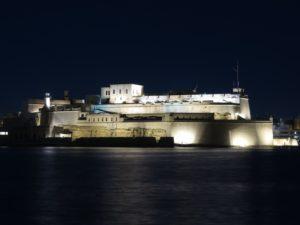 Malta , La Valletta  e il Fort S.Angelo in notturna
