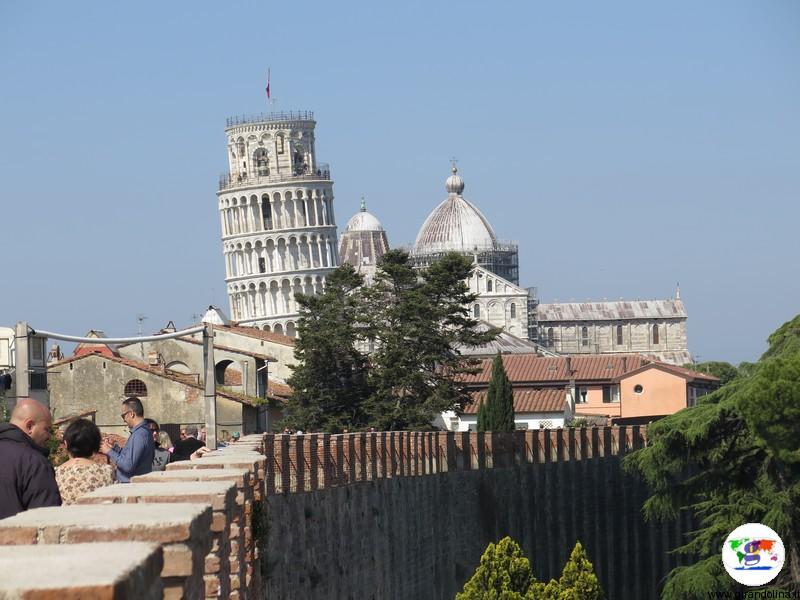 Pisa e il camminamento sulle Mura Medioevali