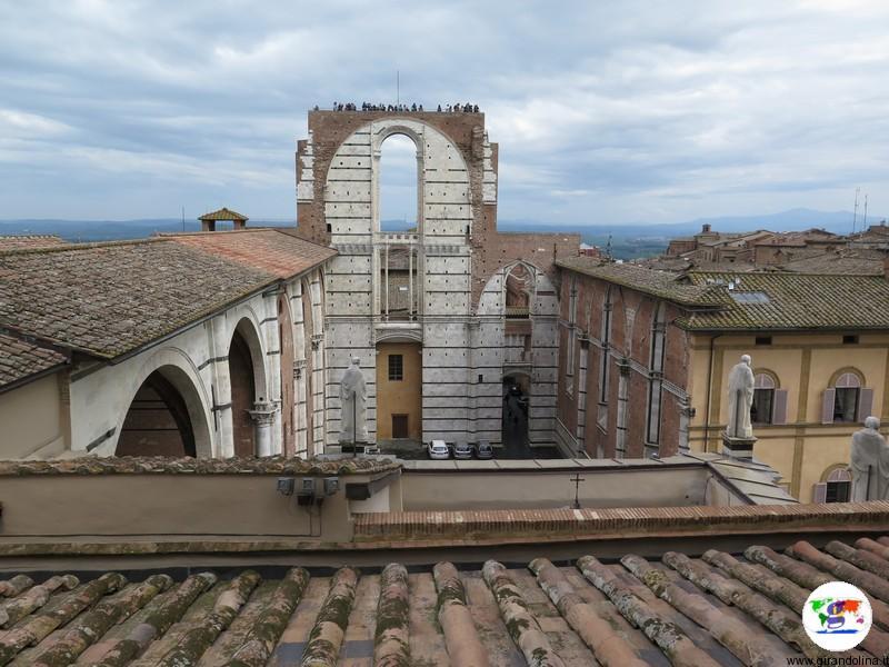 Siena, il Facciatone