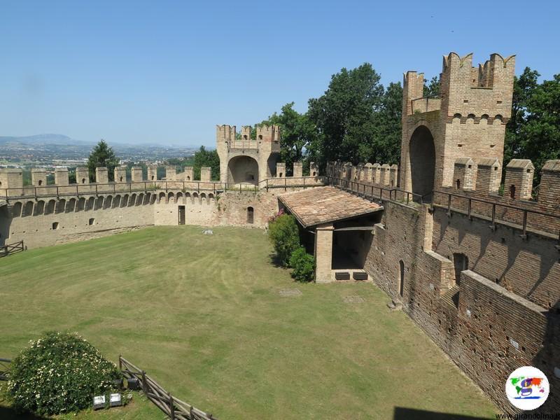 Il Castello di Gradara, il parco
