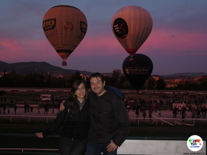 Festival delle Mongolfiere a Firenze,preparazione mongolfiere illuminate