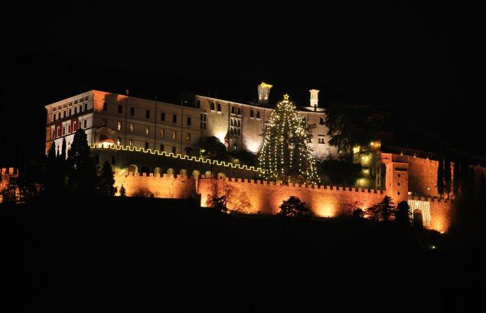Alberi di Natale iitaliani : CastelBrando © Ufficio Marketing CastelBrando