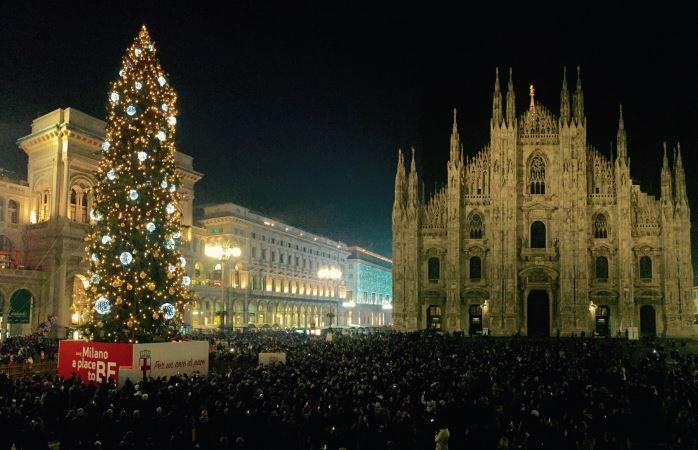 Alberi di natale italiani: Milano © Comune di Milano