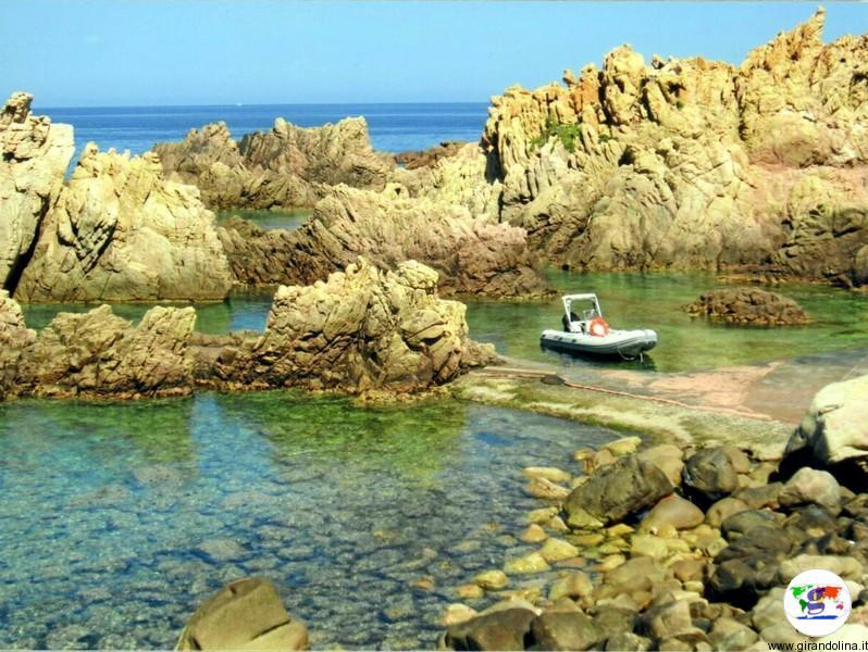 Come e quando acquistare i biglietti per i traghetti verso la Sardegna?