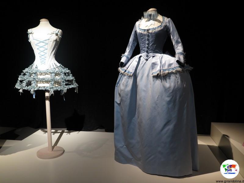 Maria Antonietta la mostra a Prato, l'abito da Delfina di Francia