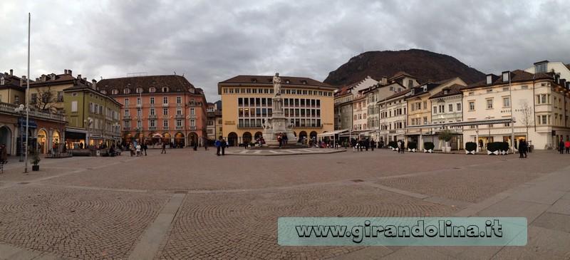 Bolzano cosa vedere - Piazza Walther