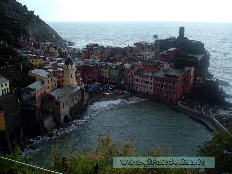 Veduta di Vernaza, dal sentiero per Monterosso, Cinque Terre