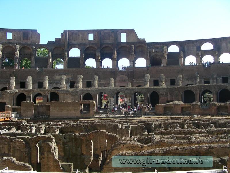 Roma - L' interno del Colosseo