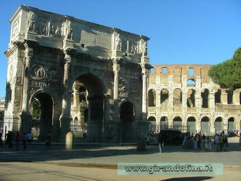 Roma - Il Colosseo e l'Arco di Costantino